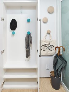 Solutions for serious kids clutter